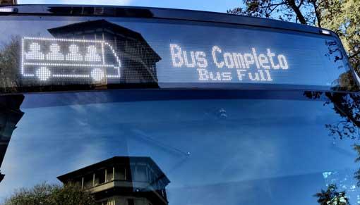Vehicle on service, passenger load capacity: full